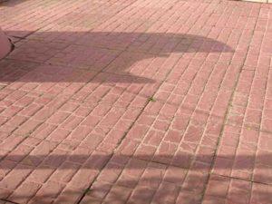 Укладка тротуарной плитки на даче рис.4